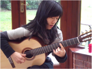 Xuefei Yang playing a Roger Williams Classical Guitar